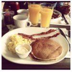 La-prima-colazione-a-Los-Angeles