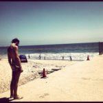 Marco Mengoni1 150x150 Marco Mengoni: FOTO in spiaggia sognando lAmerica immgine