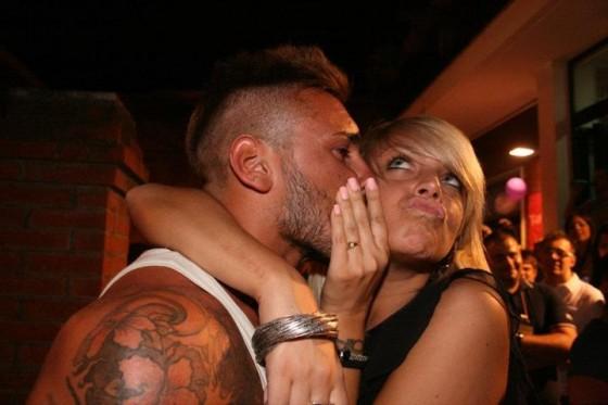 Gaia e Danilo bacio foto