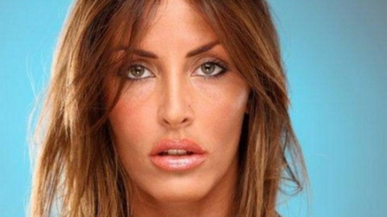 Cristina Del Basso Calendario Senza Veli.Grande Fratello Guendalina Tavassi Calendario Sexy In Arrivo