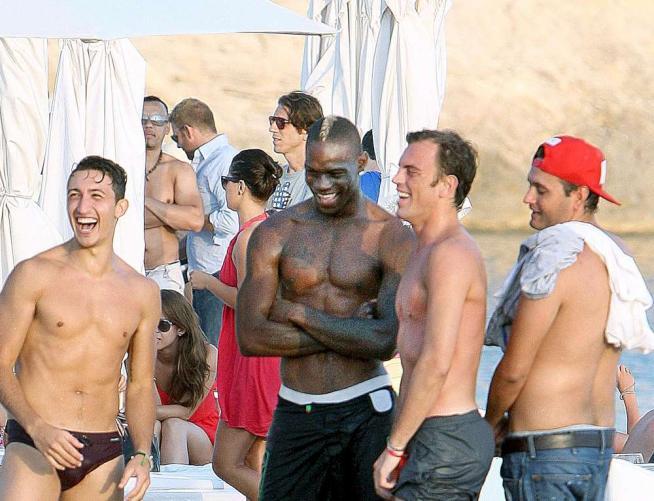 Mario Balotelli vacanza foto