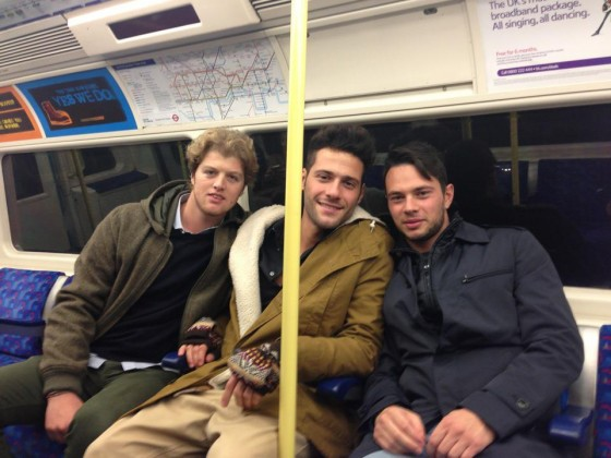 Antonio Passarelli londra metropolitana ANTONIO PASSARELLI/ Uomini e donne: senza Francesco e Teresanna, la sua vita a Londra (FOTO) immgine