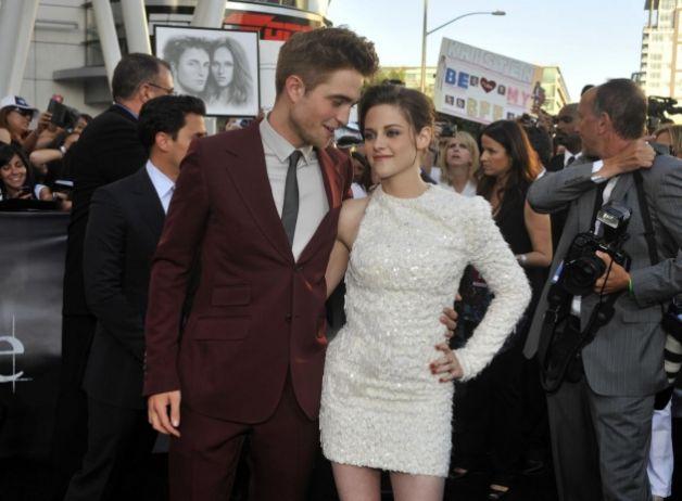 Kristen Stewart paparazzata con Robert Pattinson