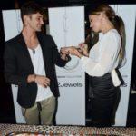 belen e stefano anello1 150x150 BELEN E STEFANO/ Nozze: la Rodriguez annuncia il matrimonio!  immgine