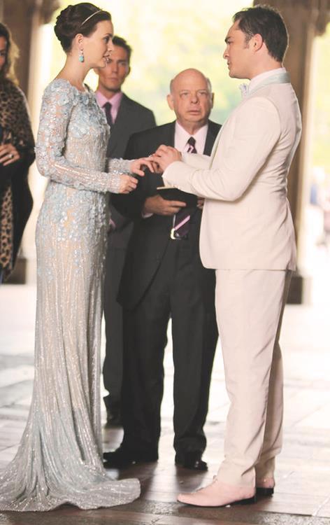 ... : Dan e Serena allaltare, Chuck e Blair sposi e con un figlio (FOTO
