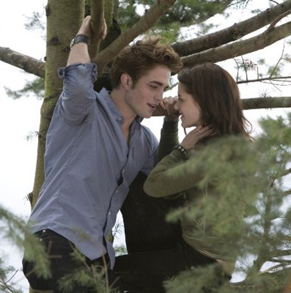 Twilight scene film con Ewdard e Bella