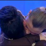 abbraccio cristian e tara scelta 150x150 Cristian e Tara, anticipazioni prossima puntata Uomini e Donne: lui in lacrime e lamante in ospedale immgine
