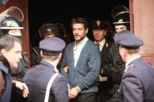 arresto e morte di O Malese riassunto 8 puntata del 22 marzo 2013 Il Clan dei Camorristi