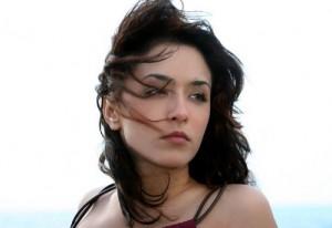 Cassandra-De-Rosa-splendido