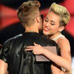 justin bieber miley cyrus 416x277 150x150 Justin Bieber e Selena Gomez frequentano nuove persone immgine