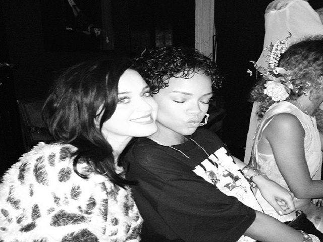Instagram Katy Perry e Rihanna