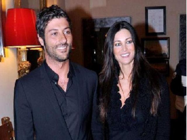 Manuela Arcuri incinta di un maschietto: lattrice avrà un