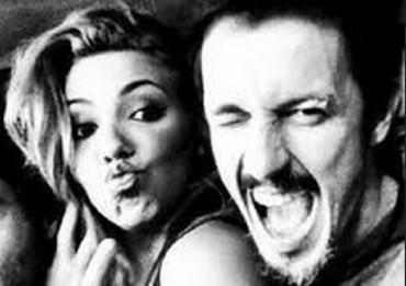 emilia alfonso il segreto 370x261 Gossip Il Segreto, Alfonso e Emilia salutano i fans: Sandra Cervera ama il fidanzato ma canta con Hipolito immgine