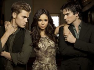 The-Vampire-Diaries-Elena-scelta