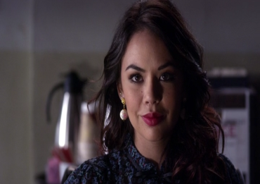 pretty-little-liars-mona