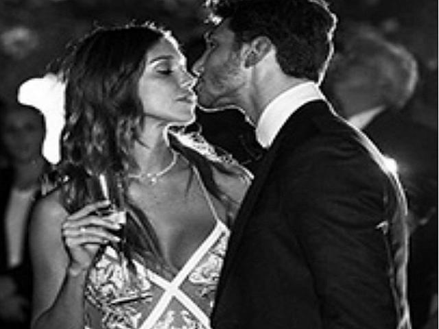 Anniversari Matrimonio Belen.Stefano E Belen Primo Anniversario Regali E Messaggi D Amore