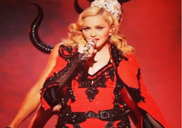 Madonna-Rebeal-Heart