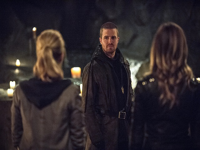 arrow-oliver-felicity-laurel