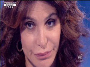 Carmen Di Pietro piange