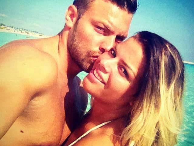 francesca del taglia spiaggia bacio
