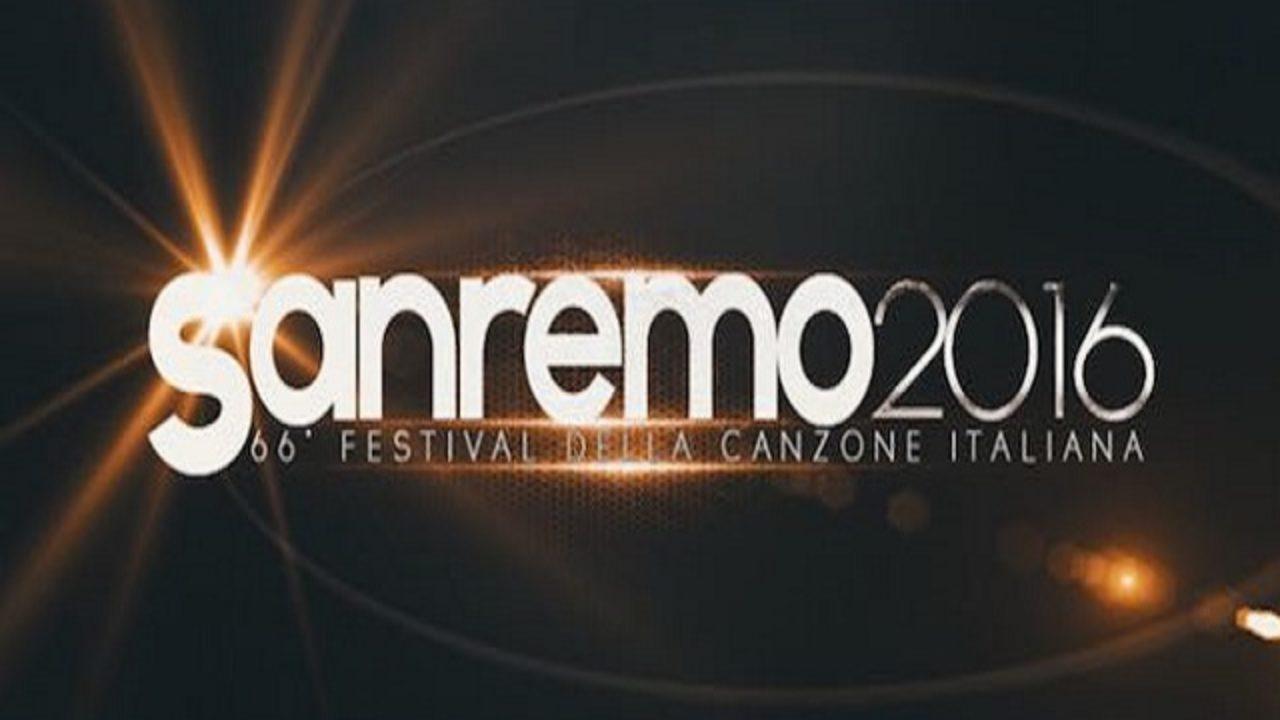 Mazzi Di Fiori Sanremo 2016.Niente Fiori Sul Palco Di Sanremo 2016 E Polemica