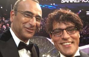 gabriel-garko-il-selfie-a-sanremo-con-carlo