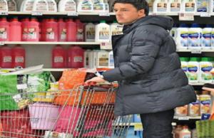 Matteo Renzi al supermercato