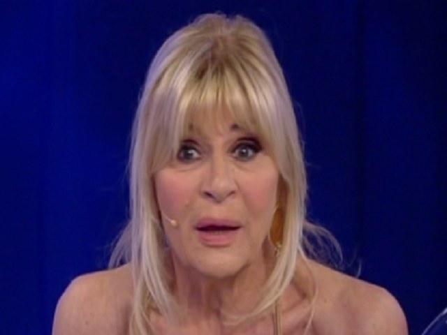 Uomini e donne, torna Barbara De Santi e fa piangere Gemma