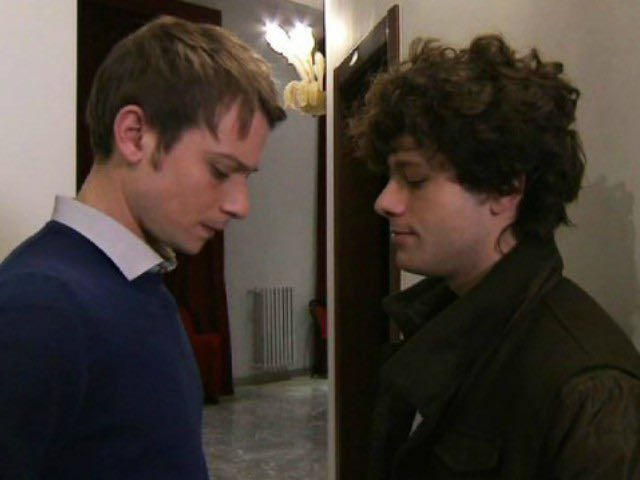 Un Posto Al Sole cast - Ritornano Sandro e Claudio