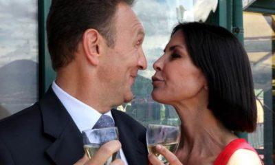 Un Posto Al Sole, Roberto tradisce Marina