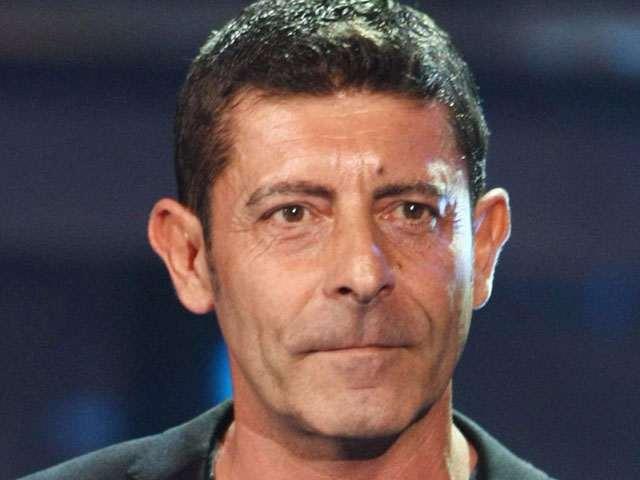 Luca laurenti et altezza moglie figli e vita privata for Rimedi per orecchie a sventola