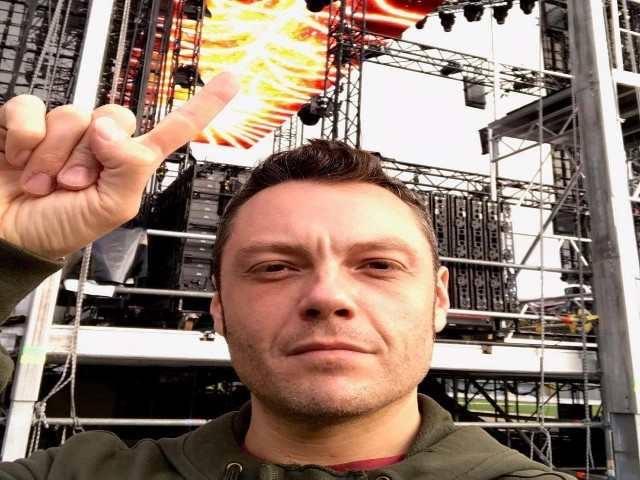 Tiziano Ferro svela il palco e altri dettagli del nuovo tour