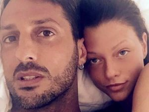 Corona presto libero sposa Silvia Provvedi
