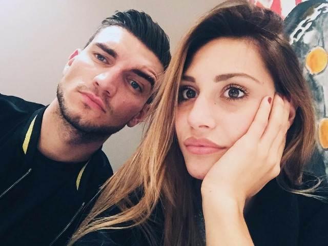 'Uomini e Donne', Manuel Vallicella in lutto: è morta la mamma