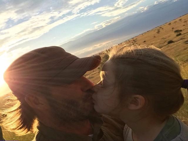 David Beckham: bacio alla figlia e polemica