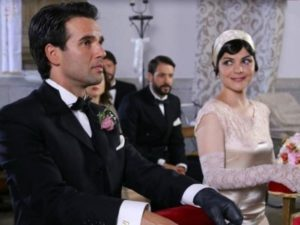 Carmelo e Mencia si sposano - Il Segreto