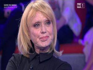Rita Pavone pubblica il lato b di una sconosciuta sui social e viene criticata