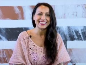 Syria, la cantante Cecilia Cipressi: età, altezza, marito e figlia