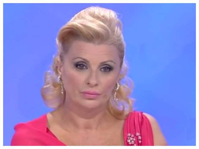 Tina Cipollari in crisi col fidanzato Vincenzo: gli ultimi gossip
