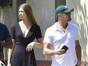Leonardo Di Caprio con la nuova presunta fidanzata Lorena Rae