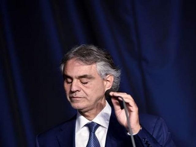 Andrea Bocelli caduta cavallo