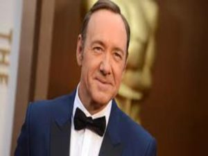 kevin spacey ammette di essere gay