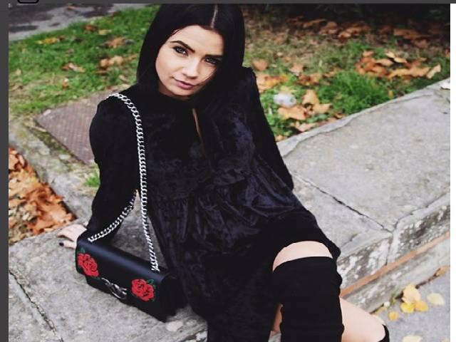 Eleonora in black