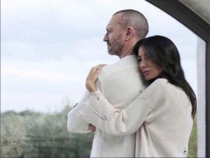 chiara biasi nel videoclip di antonacci