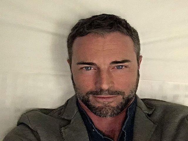 flavio montrucchio selfie