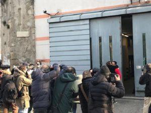 Fabrizio-corona-esce-dal-carcere-foto