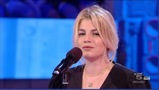 Emma Marrone, volano parole durissime: la cantante stavolta reagisce così