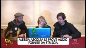 alessia marcuzzi ascolta le prove audio a striscia la notizia sul canna-gate