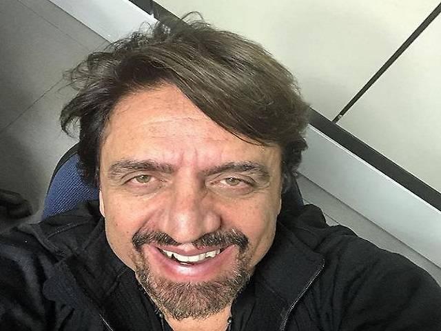 Valerio Staffelli occhi stanchi