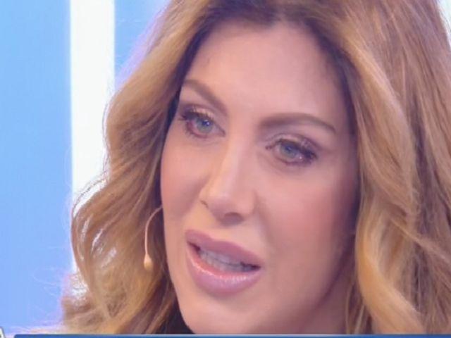 Paola Caruso incinta, il compagno scappa 'senza dire niente'